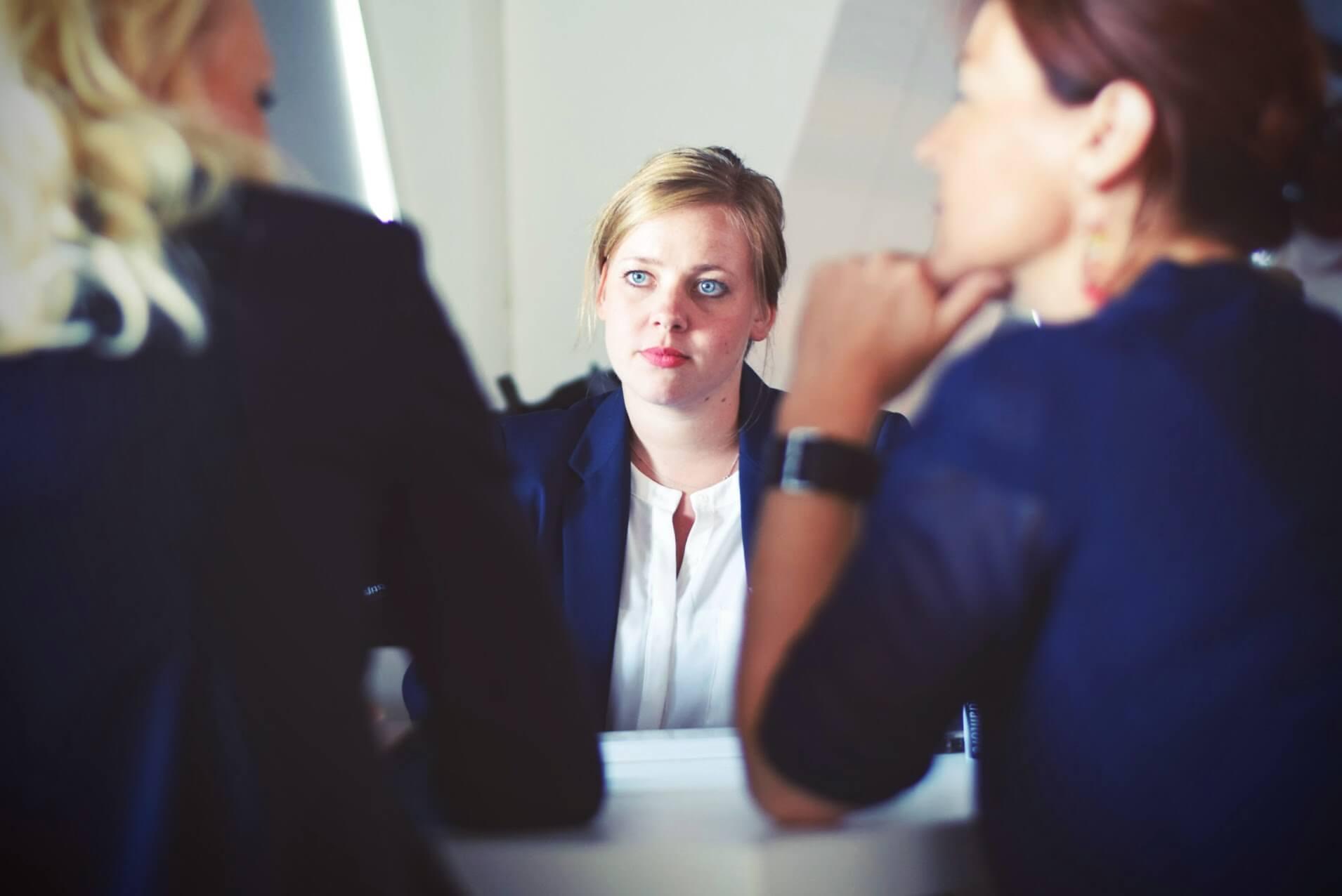 Wie du deine Minderwertigkeits-komplexe schrittweise in mehr Selbstwertgefühl verwandelst!